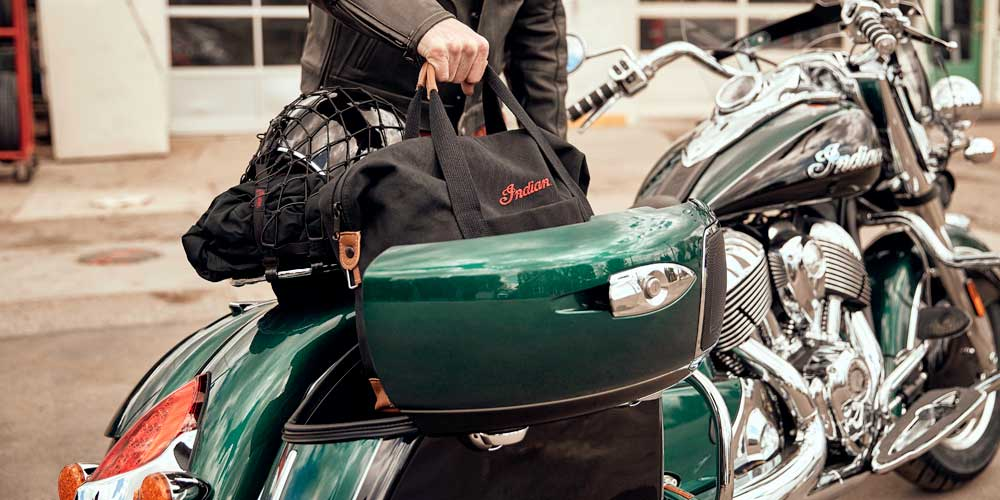 REMOTE HARD LOCKING SADDLEBAGS